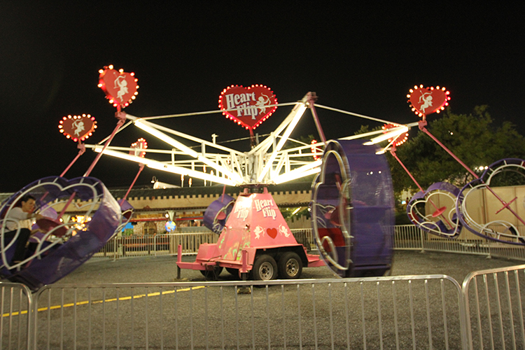 heart flip ride at Jolly Roger Ocean City MD