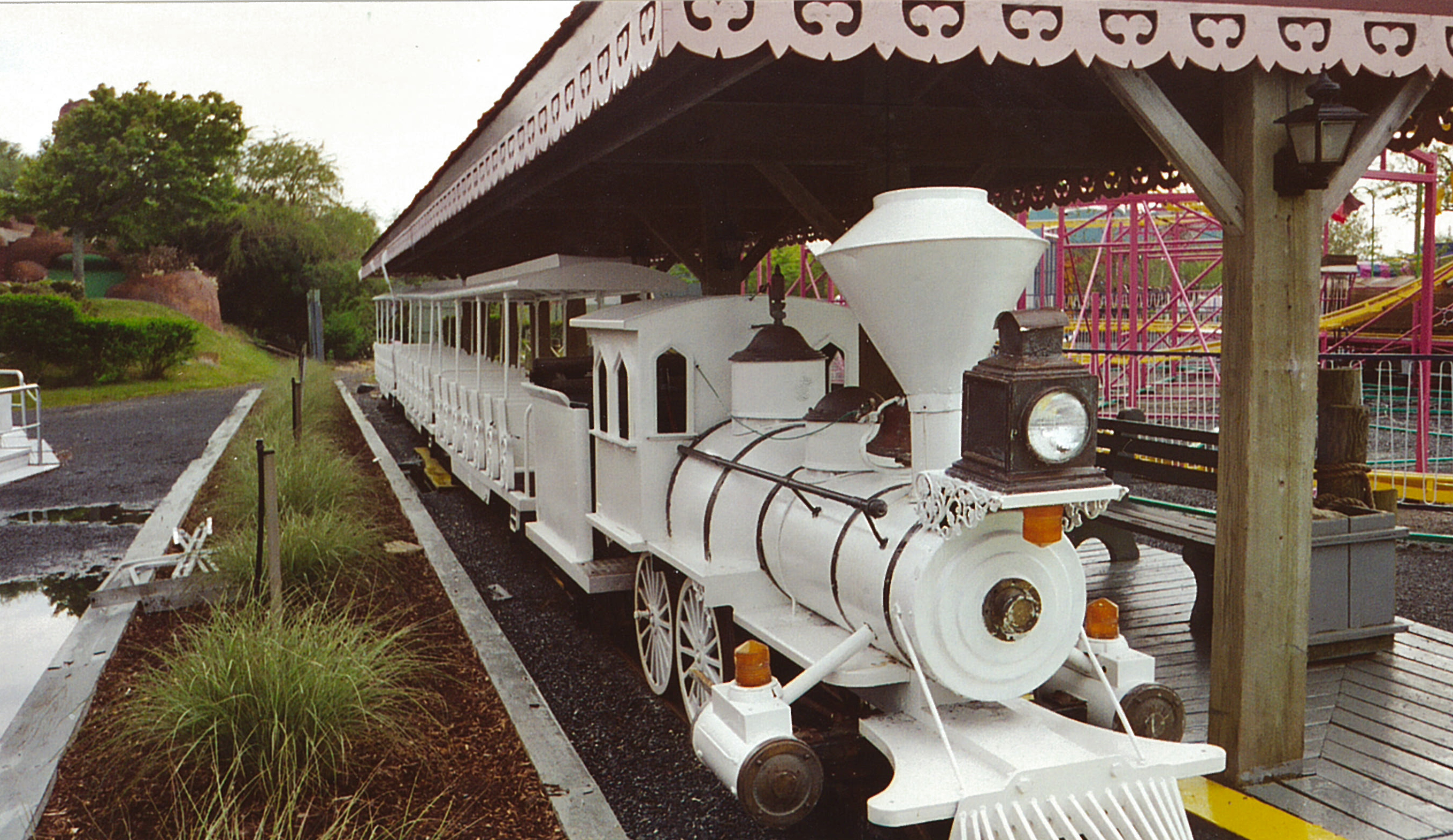 Train at Jolly Roger Park